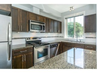 "Photo 4: 306 33898 PINE Street in Abbotsford: Central Abbotsford Condo for sale in ""Gallantree"" : MLS®# R2286866"