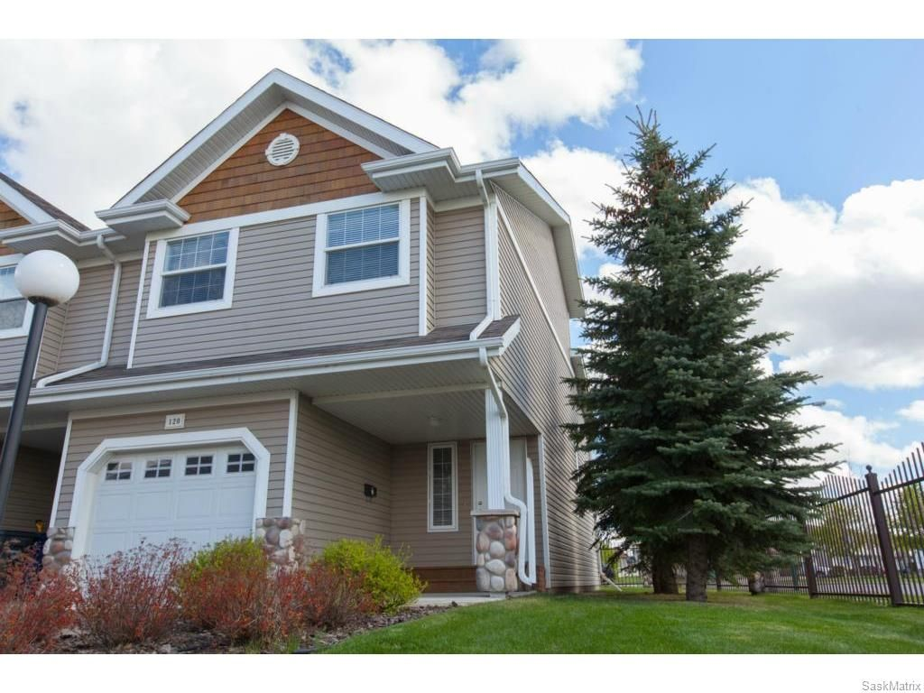 Main Photo: 120 655 Kenderdine Road in Saskatoon: Arbor Creek Complex for sale (Saskatoon Area 01)  : MLS®# 610250