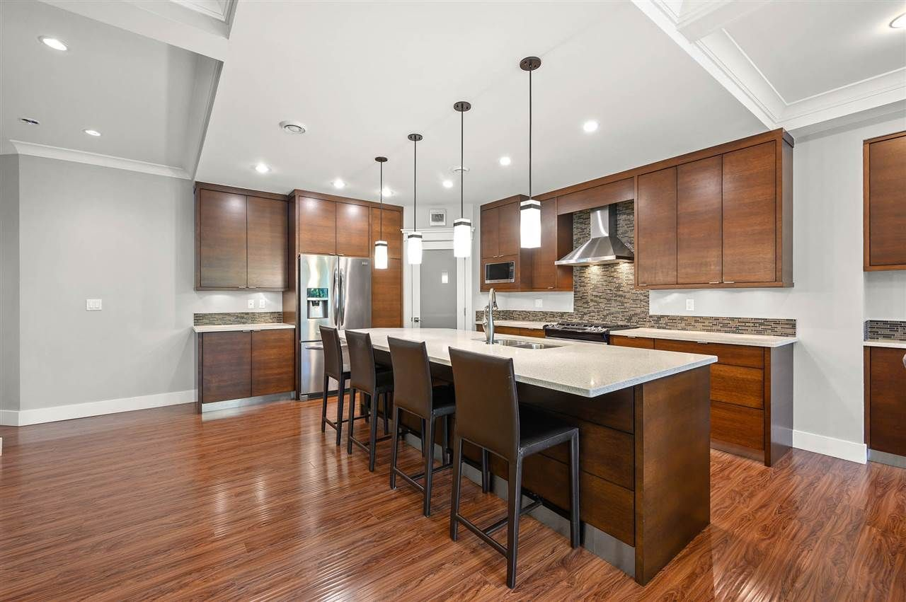 """Photo 4: Photos: 7796 211B Street in Langley: Willoughby Heights House for sale in """"YORKSON"""" : MLS®# R2480434"""