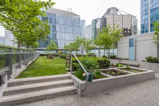 """Photo 7: 1501 1499 W PENDER Street in Vancouver: Coal Harbour Condo for sale in """"WEST PENDER PLACE"""" (Vancouver West)  : MLS®# R2057520"""