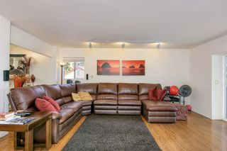 Photo 11: MISSION HILLS House for sale : 3 bedrooms : 3867 Pringle Street in San Diego