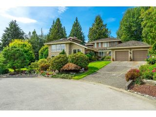 Photo 1: 5319 SOUTHRIDGE Place in Surrey: Panorama Ridge House for sale : MLS®# R2612903