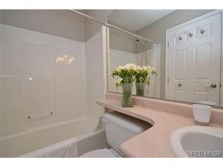 Photo 6: 102 710 Massie Dr in VICTORIA: La Langford Proper Row/Townhouse for sale (Langford)  : MLS®# 610225