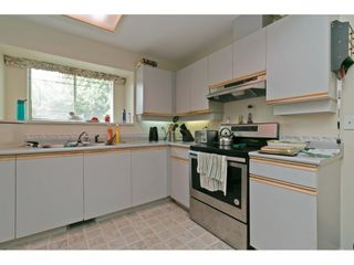 """Photo 12: 15 19252 119 Avenue in Pitt Meadows: Central Meadows Townhouse for sale in """"Willow Park 3"""" : MLS®# R2584640"""