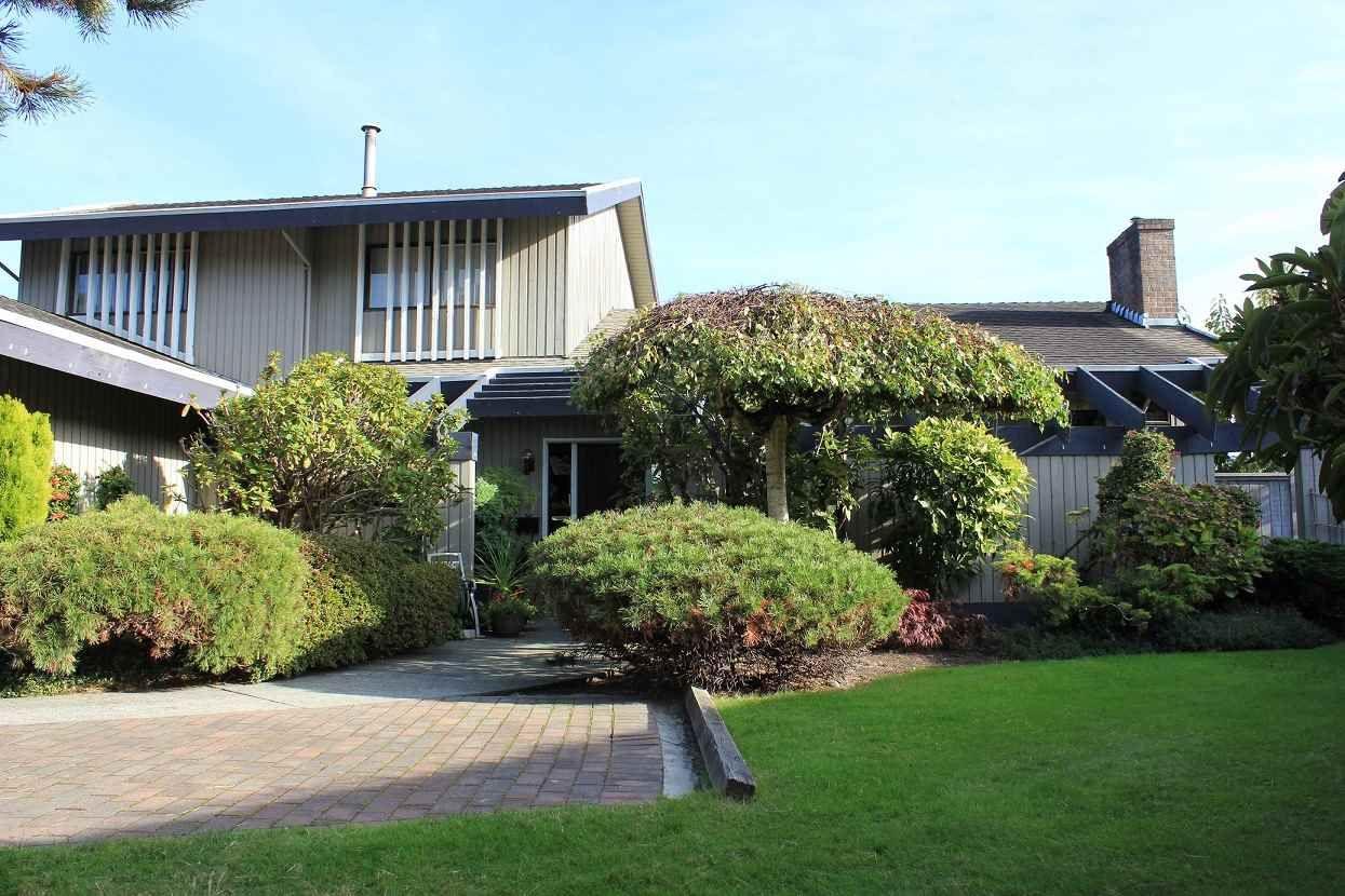 Main Photo: 5451 CALDERWOOD CRESCENT in Richmond: Lackner House for sale : MLS®# R2117768