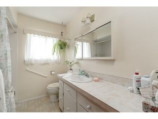 Photo 13: 4349 BARKER Avenue in Burnaby: Burnaby Hospital House for sale (Burnaby South)  : MLS®# R2394609