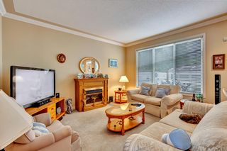 """Photo 2: 65586 GORDON Drive in Hope: Hope Kawkawa Lake House for sale in """"Kettle Valley Station"""" : MLS®# R2618702"""