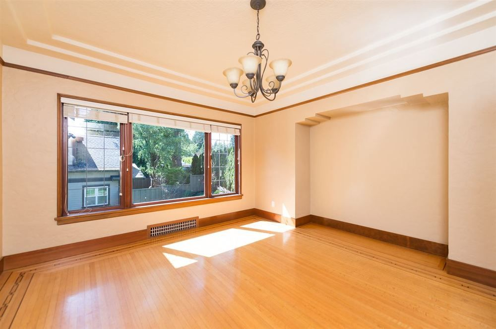 Main Photo: 5705 ALMA STREET in Vancouver West: Southlands Home for sale ()  : MLS®# R2088014