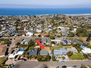 Main Photo: SOLANA BEACH House for sale : 2 bedrooms : 517 Mar Vista Dr