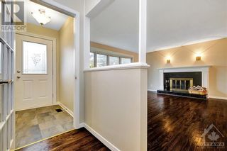 Photo 3: 24 CHARING ROAD in Ottawa: House for sale : MLS®# 1257303