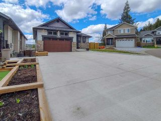 Photo 3: 4635 AVTAR Place in Prince George: North Meadows House for sale (PG City North (Zone 73))  : MLS®# R2577855