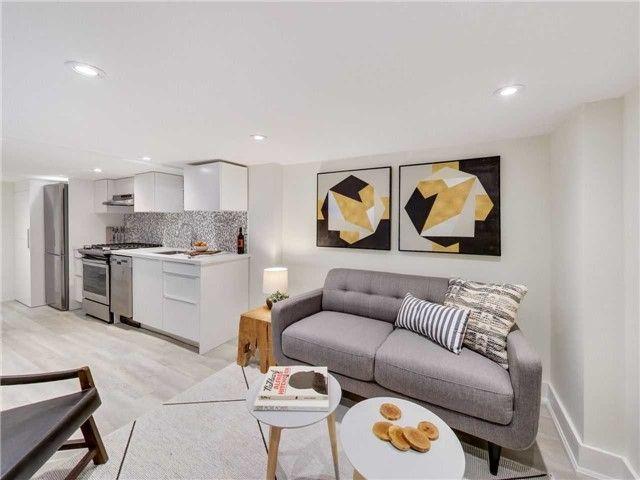 Photo 8: Photos: 601B Pape Avenue in Toronto: South Riverdale House (2 1/2 Storey) for lease (Toronto E01)  : MLS®# E4166068