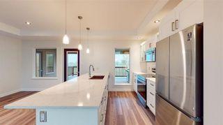 Photo 3: 102 STRAWBERRY LANE Lane in Kleefeld: R16 Residential for sale : MLS®# 202124890