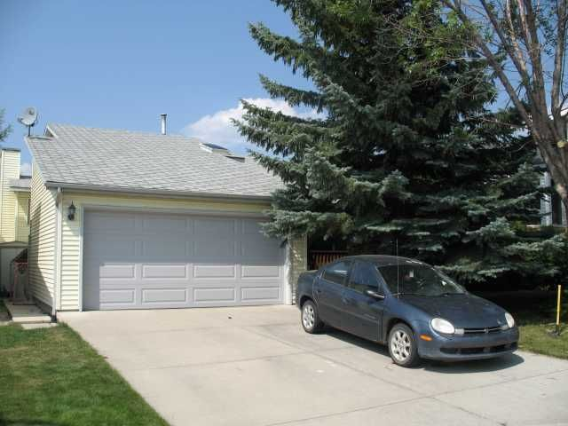 FEATURED LISTING: 127 RIVERGLEN Place Southeast CALGARY
