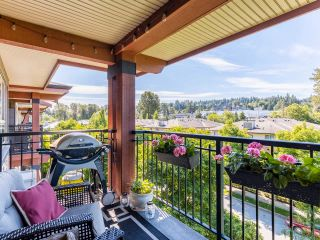 """Photo 15: 408 200 KLAHANIE Drive in Port Moody: Port Moody Centre Condo for sale in """"Salal"""" : MLS®# R2603495"""