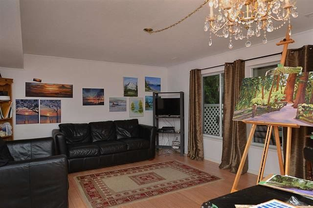 Photo 18: Photos: 559 GOODWIN Road in Gibsons: Gibsons & Area House for sale (Sunshine Coast)  : MLS®# R2204883