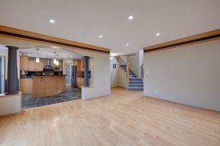 Photo 11: 227 LINDSAY Crescent in Edmonton: Zone 14 House for sale : MLS®# E4265520