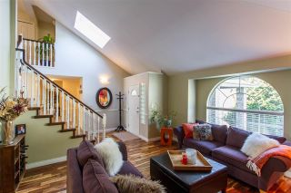 Photo 2: 20 FLAVELLE Drive in Port Moody: Barber Street House for sale : MLS®# R2437428