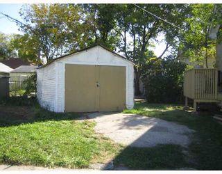 Photo 8: 727 BOYD Avenue in WINNIPEG: North End Residential for sale (North West Winnipeg)  : MLS®# 2716268