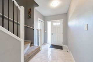 Photo 3: 16811 64 Street in Edmonton: Zone 03 House Half Duplex for sale : MLS®# E4264177