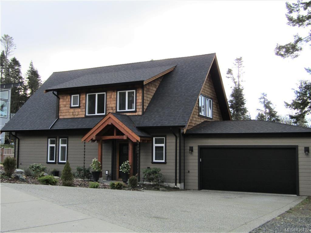 Main Photo: 7365 Boomstick Ave in Sooke: Sk John Muir House for sale : MLS®# 835732