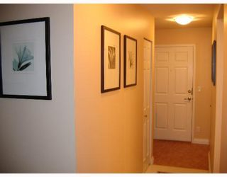 """Photo 5: 310 6860 RUMBLE Street in Burnaby: South Slope Condo for sale in """"GOVERNORS WALK"""" (Burnaby South)  : MLS®# V645334"""