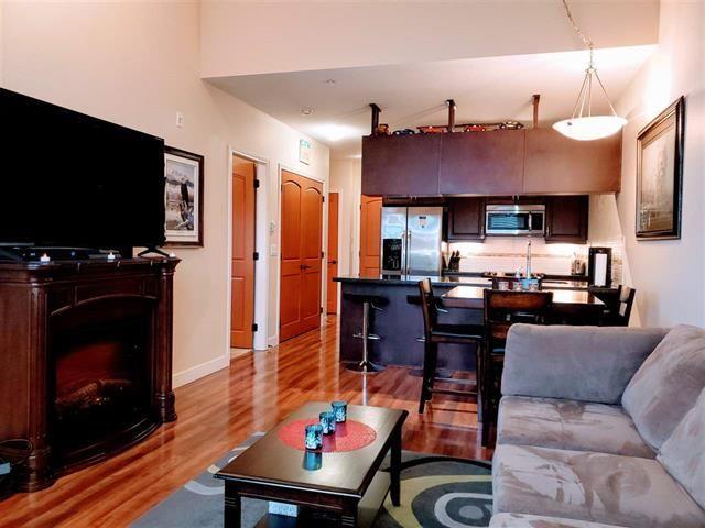 Main Photo: 312 11935 Burnett Street in Maple Ridge: Condo for sale : MLS®# R2516162