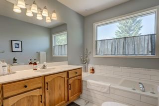 Photo 17: 128 Shawinigan Way SW in Calgary: Shawnessy Detached for sale : MLS®# A1125201