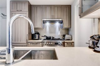 "Photo 11: 652 5515 BOUNDARY Road in Vancouver: Collingwood VE Condo for sale in ""WALL CENTRE CENTRAL PARK 2"" (Vancouver East)  : MLS®# R2562784"