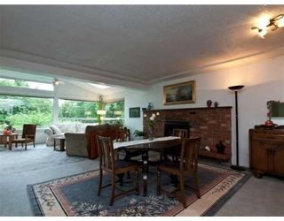 Photo 3: 1621 DEEP COVE RD in North Vancouver: House for sale : MLS®# V835288