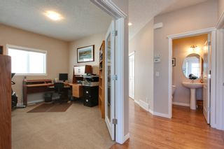 Photo 4: 118 Pantego Way NW in Calgary: 2 Storey for sale : MLS®# C3609222