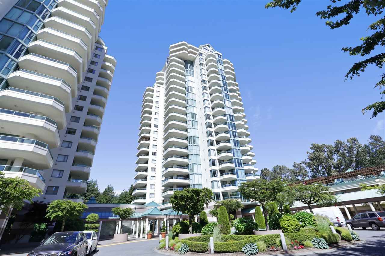 "Main Photo: 5C 338 TAYLOR Way in West Vancouver: Park Royal Condo for sale in ""WESTROYAL"" : MLS(r) # R2182792"