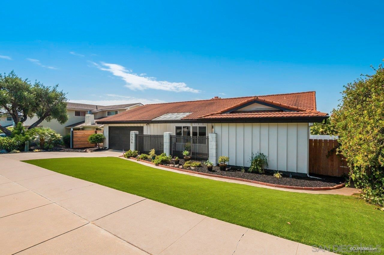 Main Photo: SAN CARLOS House for sale : 4 bedrooms : 7356 Jackson Dr in San Diego