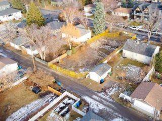 Photo 6: 2719 18 Street NW in Calgary: Capitol Hill Semi Detached for sale : MLS®# A1054076