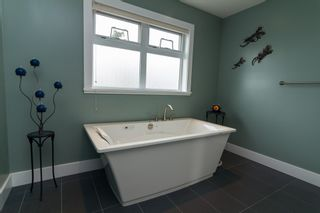 Photo 10: 2615 Ruby Crt in VICTORIA: La Mill Hill House for sale (Langford)  : MLS®# 699853