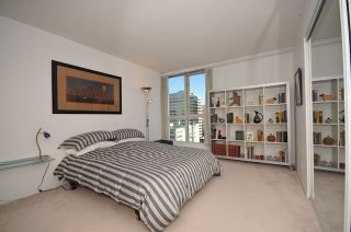 """Photo 11: 1204 1111 HARO Street in Vancouver: West End VW Condo for sale in """"ELEVEN ELEVEN HARO"""" (Vancouver West)  : MLS®# V876639"""