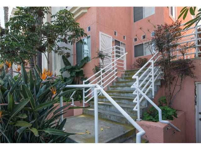 Main Photo: IMPERIAL BEACH Townhouse for sale : 3 bedrooms : 221 Donax Avenue #15