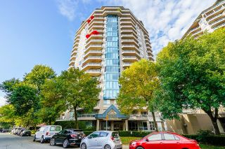 """Photo 1: 1205 1245 QUAYSIDE Drive in New Westminster: Quay Condo for sale in """"Riveria"""" : MLS®# R2617144"""