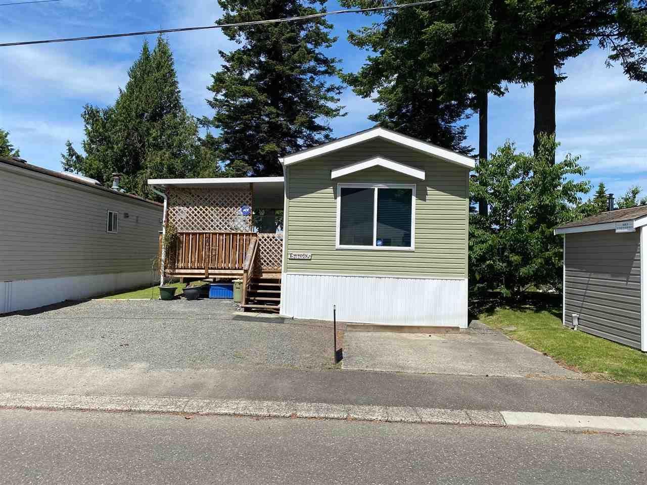 Main Photo: 20 6338 VEDDER Road in Chilliwack: Sardis East Vedder Rd Manufactured Home for sale (Sardis)  : MLS®# R2587375