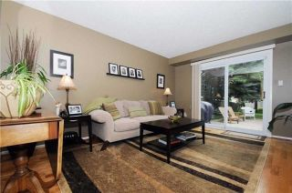 Photo 3: 7 Winner's Circle in Whitby: Blue Grass Meadows House (2-Storey) for sale : MLS®# E3284089
