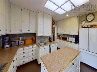 Photo 15: 36 Dock Street in Shelburne: 407-Shelburne County Residential for sale (South Shore)  : MLS®# 202123158