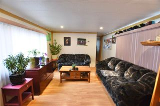 "Photo 4: 20 770 N 11TH Avenue in Williams Lake: Williams Lake - City Manufactured Home for sale in ""FRAN LEE TRAILER PARK"" (Williams Lake (Zone 27))  : MLS®# R2501605"