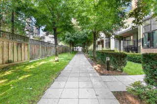 """Photo 15: TH4 2355 MADISON Avenue in Burnaby: Brentwood Park Townhouse for sale in """"OMA 1"""" (Burnaby North)  : MLS®# R2391601"""