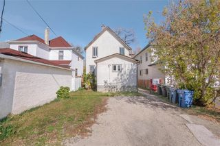 Photo 16: 452 Boyd Avenue in Winnipeg: North End Residential for sale (4A)  : MLS®# 202124235