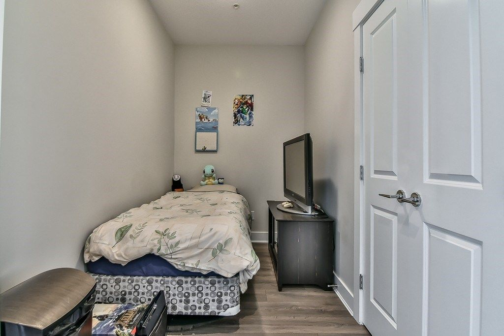 """Photo 19: Photos: 214 20728 WILLOUGHBY TOWN CENTRE Drive in Langley: Willoughby Heights Condo for sale in """"Kensington at Willoughby Town Centre"""" : MLS®# R2190142"""