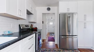 Photo 5: 2604 Blackwood St in : Vi Hillside House for sale (Victoria)  : MLS®# 878993