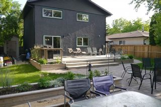 Photo 2: 80 Greensboro Bay in Winnpeg: Fort Garry / Whyte Ridge / St Norbert Single Family Detached for sale (South Winnipeg)