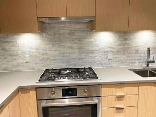 "Photo 8: 423 9233 ODLIN Road in Richmond: West Cambie Condo for sale in ""BERKELEY HOUSE"" : MLS®# R2528638"