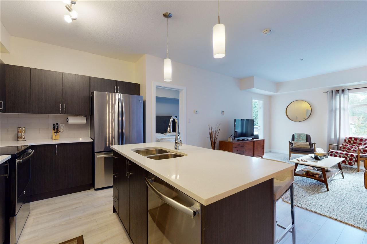Main Photo: 208-8525 91 ST in Edmonton: Zone 18 Condo for sale : MLS®# E4234315