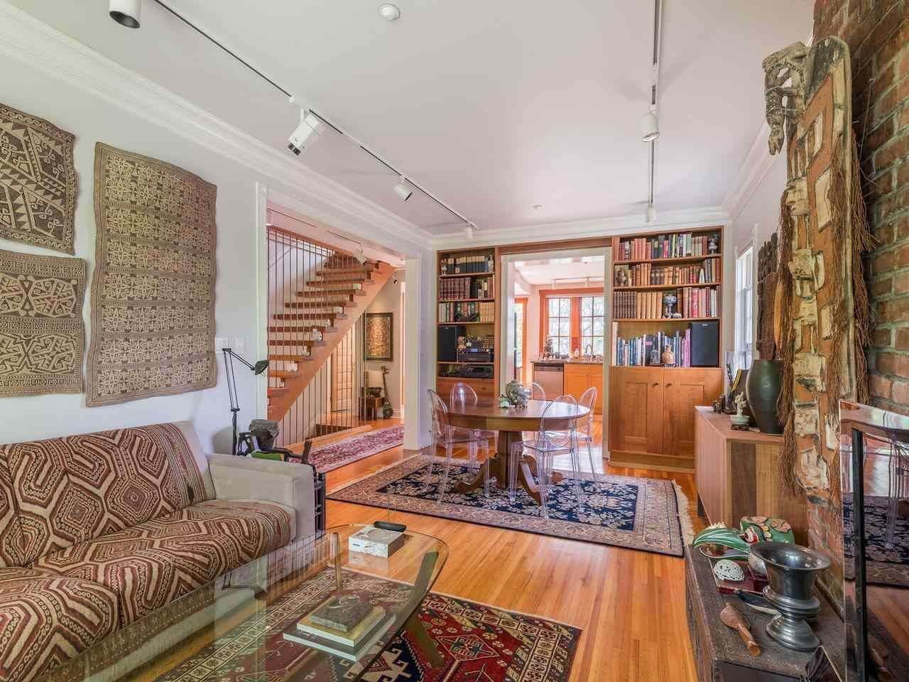 Main Photo: 2556 W 2ND Avenue in Vancouver: Kitsilano House for sale (Vancouver West)  : MLS®# R2593228